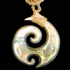 unique carved shell jewelry